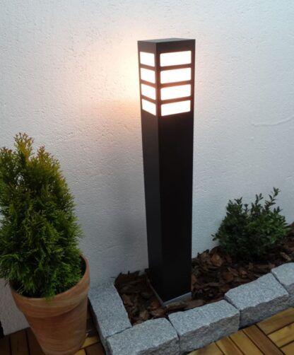Lampa zewnętrzna stojąca